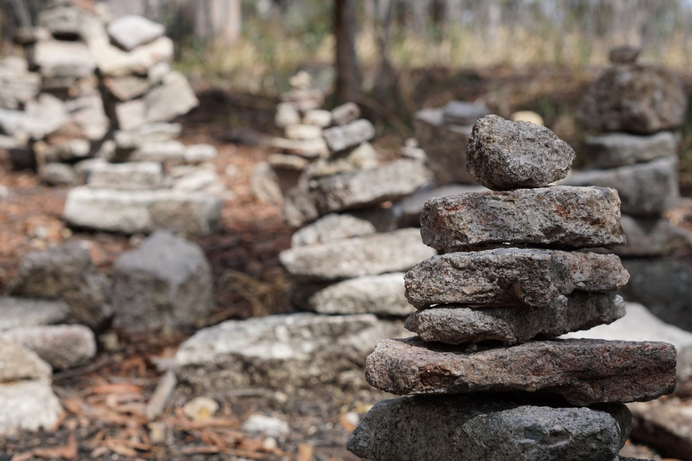 balancing-rocks-DSC02136-50pc